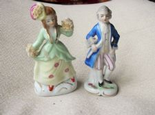 "ELEGANT VINTAGE GILDED LADY & GENT FIGURINES WITH CHINA LACE 4.5"" MISMATCH PAIR"